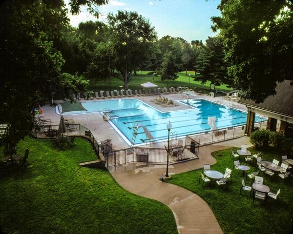 pool at qcc